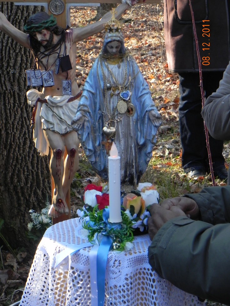 Our Lady's statue in Marmora