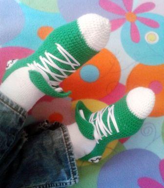 Zapatillas tipo Converse a ganchillo (crochet)
