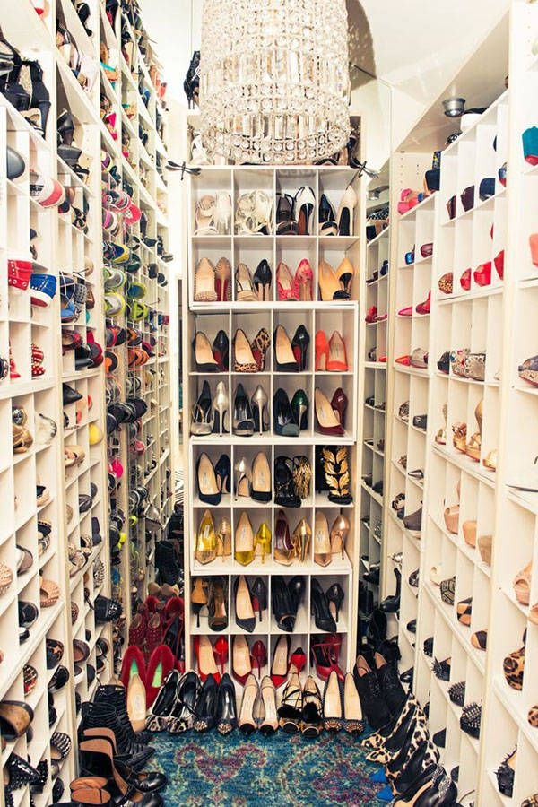 13 dreamy walk-in closets that will give you major fashion envy //Manbo