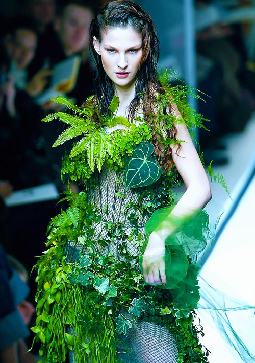 Stopdropandvogue floral couture flowers and plants have Wedding dress with leaf design