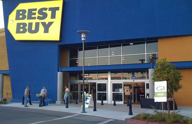 Electronics retailers including Best Buy, Walmart and others are about to engage in a fierce Black Friday and holiday shopping price war. The fight is for market share rather than profits at a time...