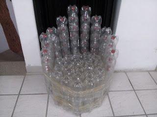 Spanish in Cabo: Sillón de botellas plásticas