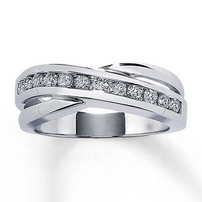 Diamond Ring 1/2 ct tw Round-cut 10K White Gold