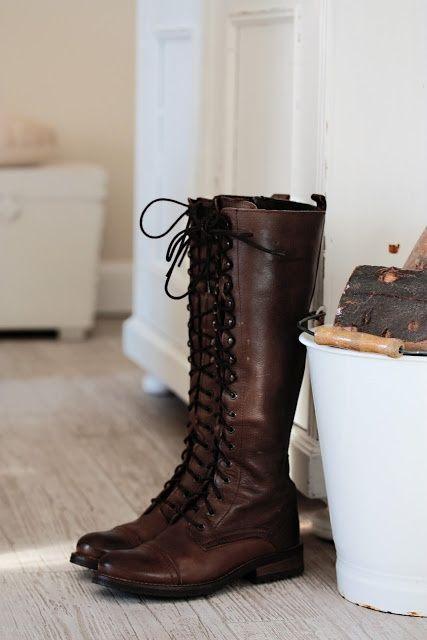 ... Когато приключенията, човек трябва да се инвестира в добър чифт обувки ... завързана ботуши: