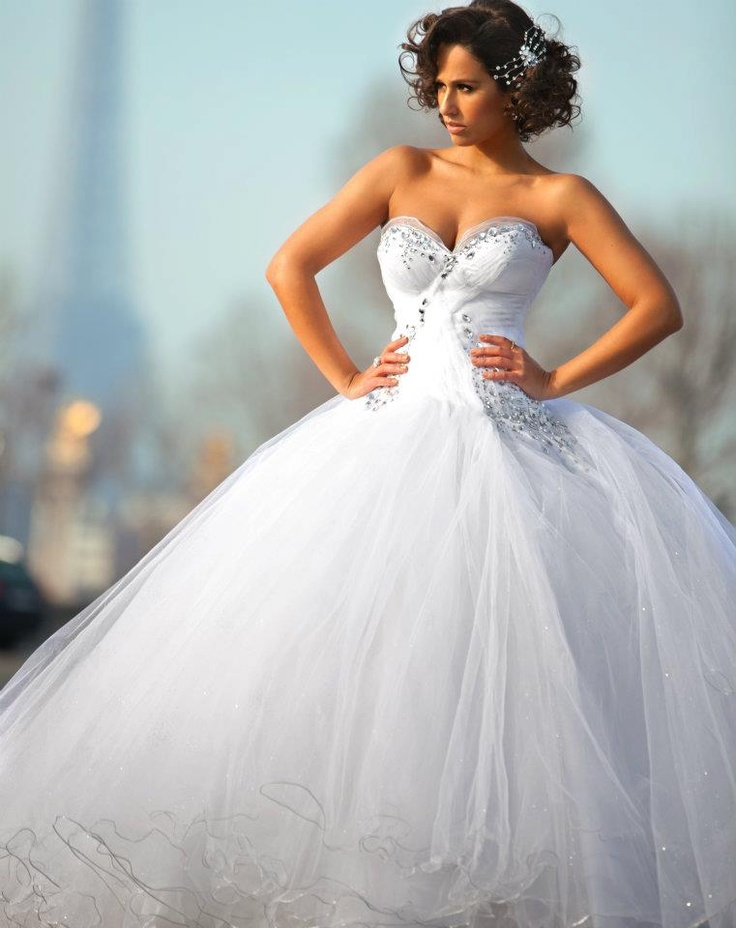 Wedding dress - Micaela Oliveira