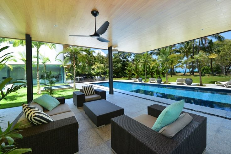 Paton's Place Cairns & Palm Cove Holiday House :: find out more - http://www.executiveretreats.com.au/articles/659/1/Patons-Place/Page1.html