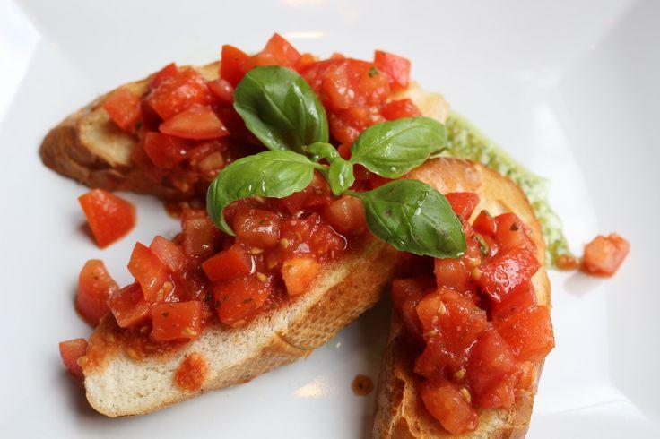 Paradicsomos bruschetta/ Tomato bruschetta