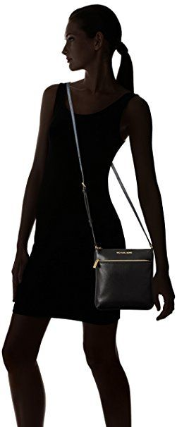 de108f3fa94 Michael Kors Riley Leather Flat Crossbody Black  Amazon.de  Bekleidung