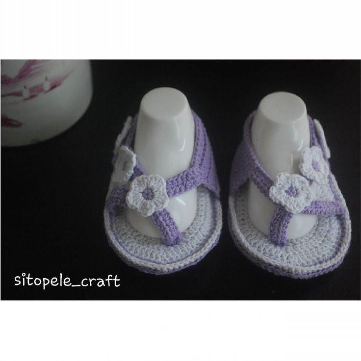 shoes for baby prewalker 0-12 month Made with love 100% handmade Bahan : katun(request dengan jenis benang lain diterima ) Harga rp.30.000 #sepatu #sepaturajut #mcqueen #jualsepatu #belisepatu #sendal #accesories #art #diy #craft #sitopele #sitopelecraft #craftshop #rajut #sepaturajut #merchandise #onlineshop #knitting #kerajinantangan #handmade #sandal #rajutmurah #sepatubayi #sepatuanak #baby #bayi #aksesorisbayi #bayiperempuan #sandalcrochet #rajutturban #prewalkerbaby by sitopele_craft