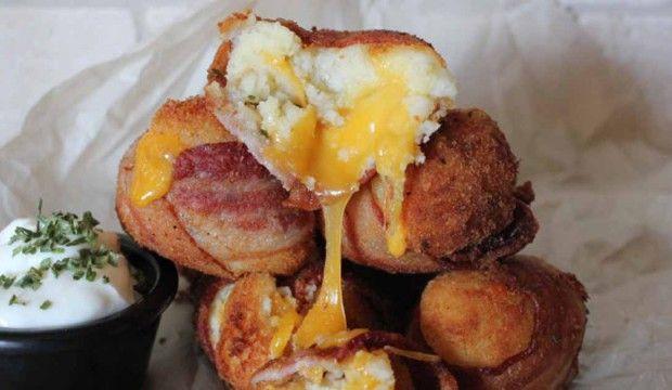 Křupavé bramborové kuličky se slaninou a sýrem