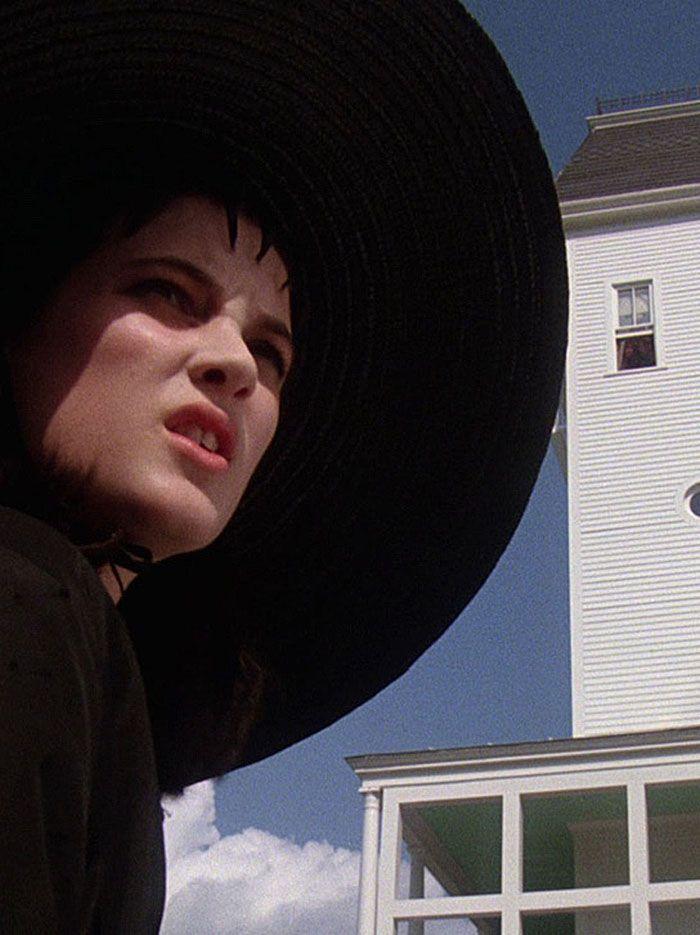 "Winona Ryder en ""Bitelchús"" (Beetlejuice), 1988"