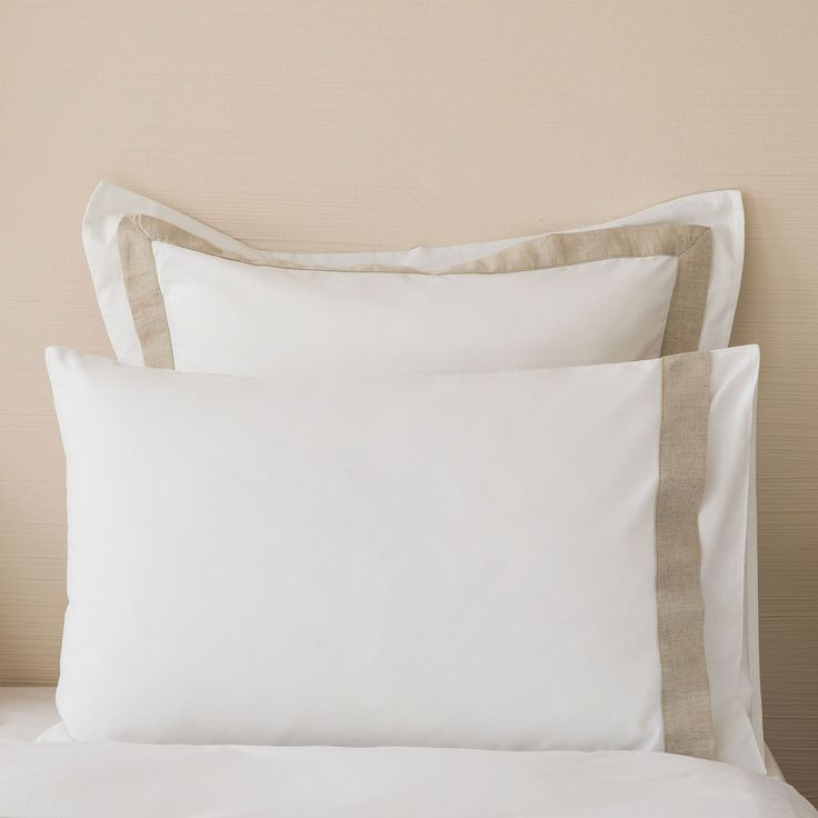 Contrasting Linen Trim Percale Pillow Case