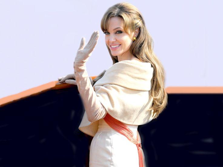"Angelina Jolie  ""The Tourist"""