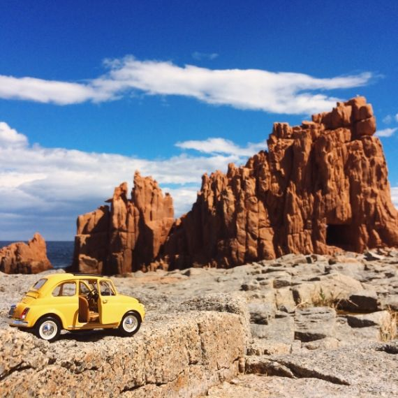 Viaggio in #Sardegna di una piccola #Fiat500 gialla #500insardinia