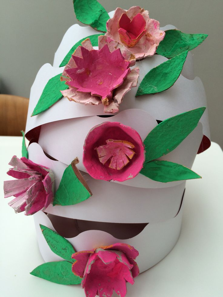 Tower of spring blossom crowns
