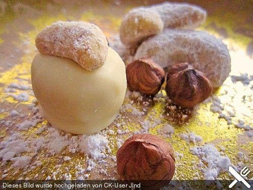 Vanillekipferl-Pralinen, ein sehr schönes Rezept aus der Kategorie Weihnachten. Bewertungen: 2. Durchschnitt: Ø 3,3.