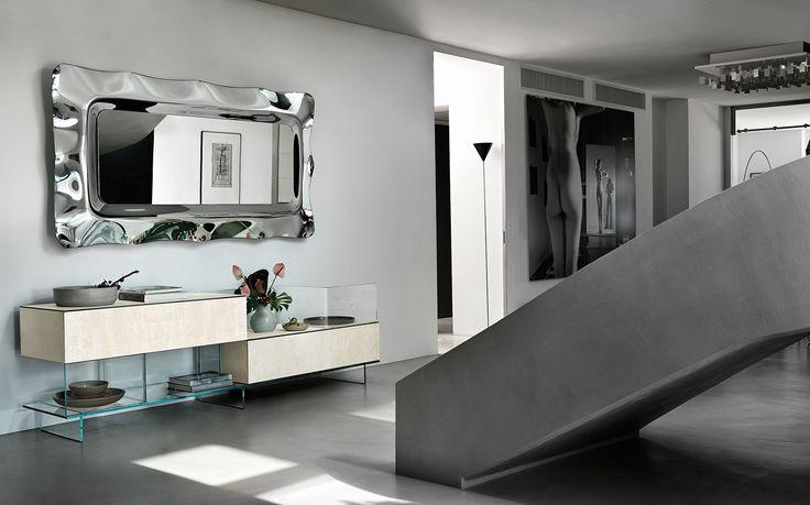 VARESINA cupboard by @fiamitalia_ designed by Matteo Nunziati #fiamitalia #matteonunziati #design #interiordesign #furniture #arredamento #homedecor #cupboard #madia #glass