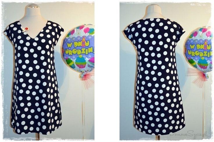 sukienka, sukienka w grochy, prosta sukienka, sukienka A, Burda