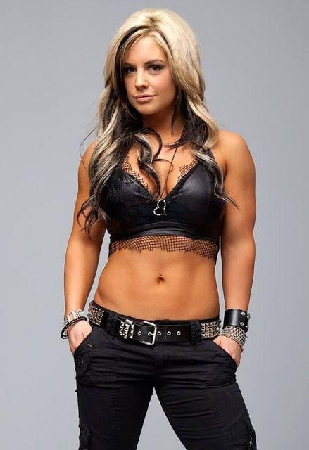 Celeste Bonin (WWE Kaitlyn) nude 756