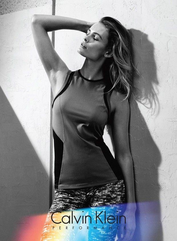 Эдита Вилкевичуте в рекламе Calvin Klein Performance \ Fashion  Эдита Вилкевичуте (Edita Vilkeviciute) снялась для рекламной кампании Calvin Klein Performance Fall Winter 2015. Автором фотосессии стал Бенджамин Леннокс (Benjamin Lennox).