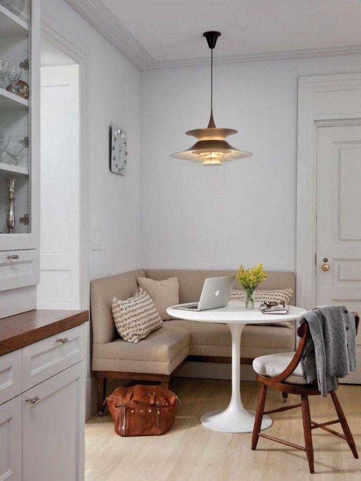banc de cuisine gain de place- banc d'angle en beige et table blanche ronde à pied central