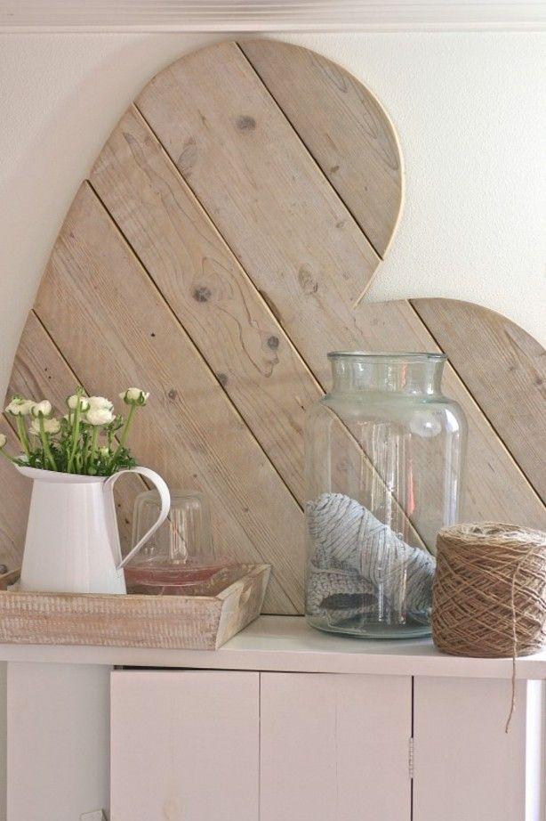 Extra stoer! Helemaal geweldig!! Groot hart steigerhout. Afm.100x100cm Om op te hangen of neer te zetten
