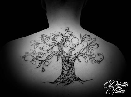 oltre 1000 idee su tatouage arbre de vie su pinterest tattoo arbre tatuaggio e modele tatouage. Black Bedroom Furniture Sets. Home Design Ideas