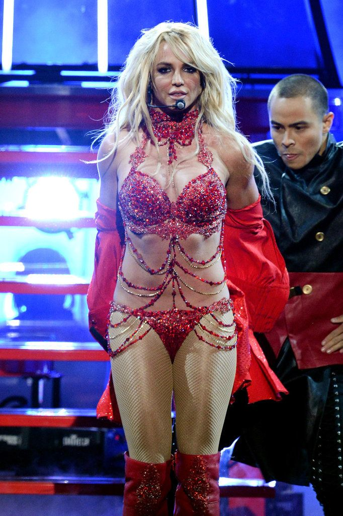 Britney Spears Brings the Heat — and the Nostalgia — During Her Supersexy Billboard Performance
