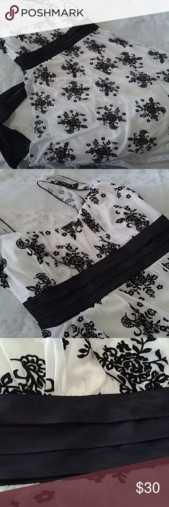 White Semi-formal Dress, Black Velvet Floral - EUC Worn only once paired with the black jacket also listed in my closet. So cute for formal dances or special events! Trixxi Dresses Prom