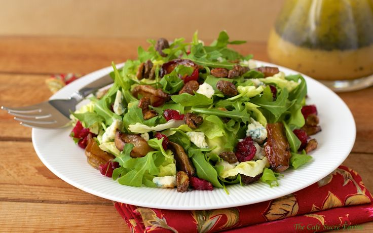 Roasted Pear Salad w/ Dried Cranberries, Gorgonzola, Sweet 'n Smoky Pistachios & Champagne-Honey Vinaigrette