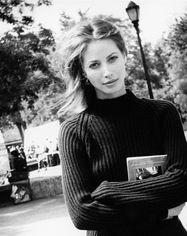 Christy Turlington–Mother, fashion icon and philanthropist. Photo by Pamela Hanson theartofivankatrump.tumblr.com