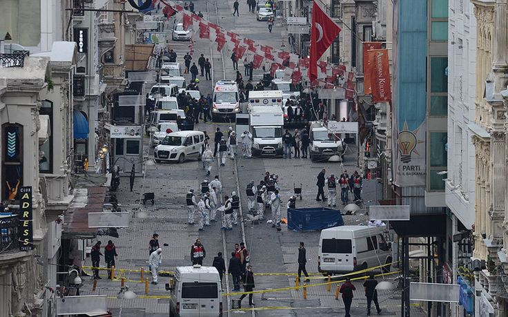 Turkey suicide bomber kills four in Istanbul, injures 20 In the latest terror attack to hit Turkey, a sucided bomb attack in Istanbul kills four, wound Israelis 03.19.16
