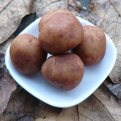 Marsepeinen aardappeltjes