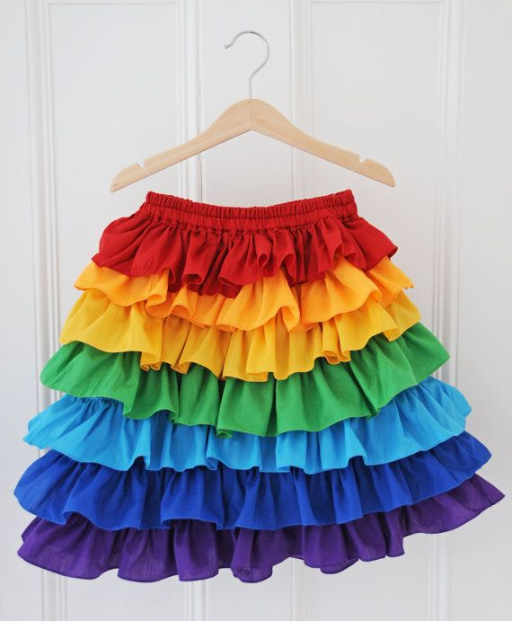 Rainbow Skirt / Rainbow Party / Rainbow Ruffle by AtelierSpatz