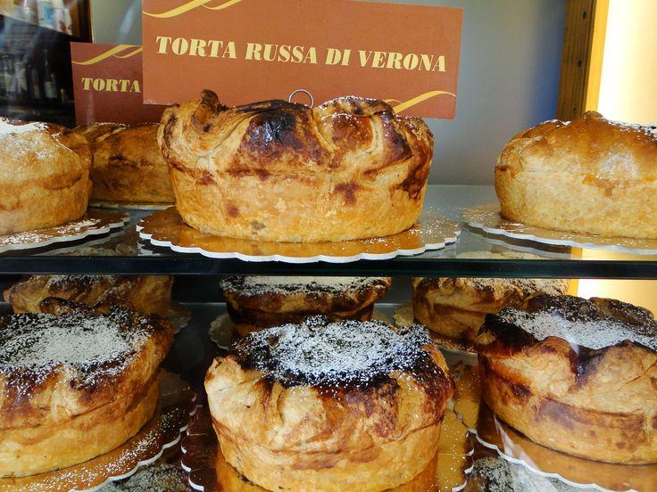 Ricette | Torta Russa di Verona #Ricette #GardaConcierge
