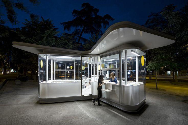 Madrid Tourist Information Pavilions / José Manuel Sanz Arquitectos + Irene Brea, © José Javier Cullen