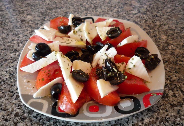 Ensalada de tomate con Queso Benabarre