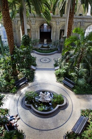 Ny Carlsberg Glyptotek, Copenhagen. I love the architecture of the building itself, this winter garden and Nanothek for example. Many reasons to visit this place again.