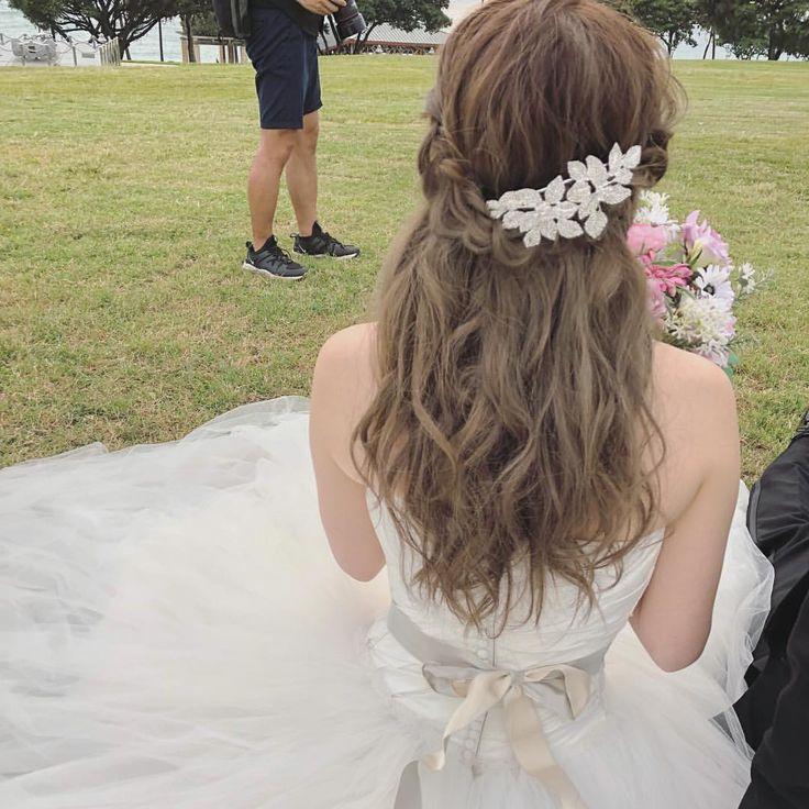 編み込みダウンスタイル✨ #ハワイヘアメイク#ハワイウェディング#ヘアメイク#hairstyles#weddinghair#hairstyle#ブライダルヘアメイク#ヘアアレンジ#アップスタイル#プレ花嫁#ヘッドアクセ#お花#花嫁#ヘアセット#ハワイ#撮影#花嫁ヘア#はなかんむり#フリーランスヘアメイク#ヘア#披露宴#パーティ#ヘアメイク#ブライダル#ブライダルヘアメイク#ヘアアレンジ#アップスタイル#プレ花嫁#ヘッドアクセ#お花#ハクレイ#オシャレ花嫁#花嫁#ヘアセット#ハワイ#撮影#アップ#花嫁ヘア#おだんご#結婚式準備日本中のプレ花嫁さんと繋がりたい#日本中のプレ花嫁さんと繋がりたい#花嫁ヘア#入籍