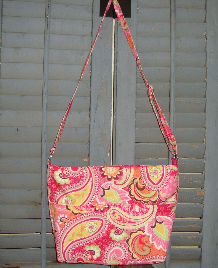Pink Floral Purse by EYPDesigns on Etsy