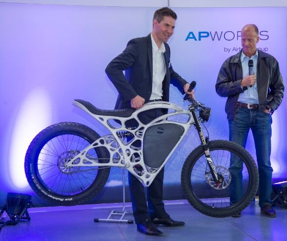 3ders.org - Airbus APWorks unveils 35kg 3D printed 'Light Rider' electric motorcycle, yours for €50K | 3D Printer News & 3D Printing News