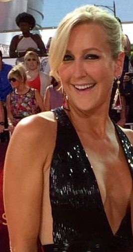 Good Morning America Girl With Acne : Pin by david parker on lara spencer pinterest
