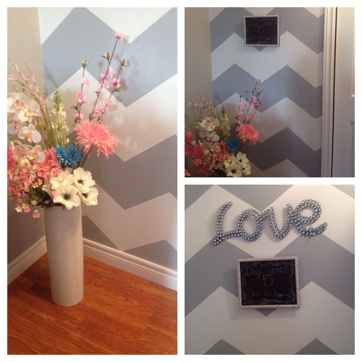 Diy chevron wall, floral arrangement and chalkboard. #diy #homedecore #chevron #chalkboard