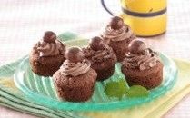 Resep Cake Kukus Cokelat – Cake Kukus Cokelat merupakan salah satu sajian yang dihidangkan pada saat menyambut hari-hari besar sebagai hidangan untuk para tamu maupun keluarga. Biasanya kue Cake Kukus Cokelat disajikan dalam berbagai macam …