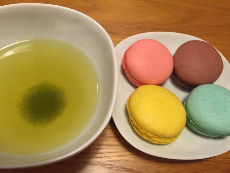 Macaroon and Green tea