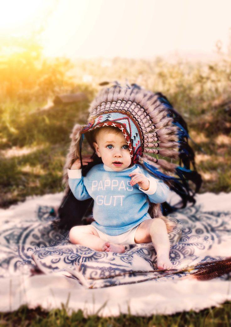 Daddys boy. Indian headpiece