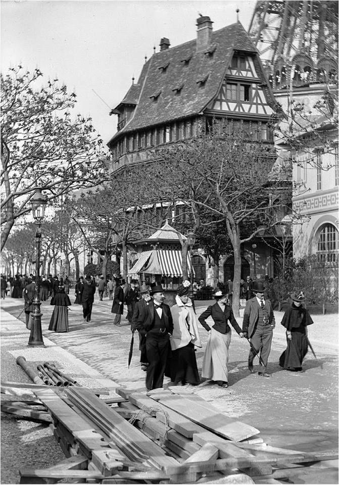 Exposition universelle de Paris 1900....reépinglé par Maurie Daboux ❥•*`*•❥