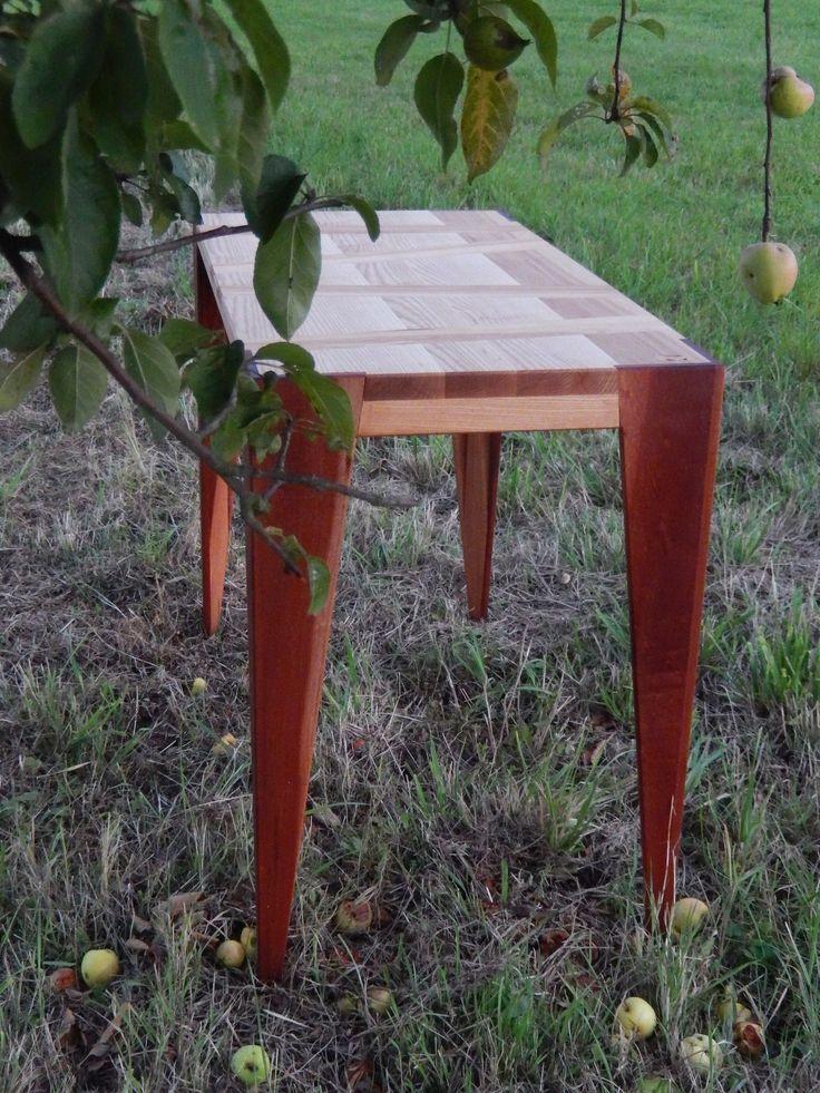 "<span>Pracovní stolek  No2 | <a href=""http://img.flercdn.net/i2/products/1/2/4/203421/5/6/5653391/eadunmkjrkehwa.jpg"" target=""_blank"">Zobrazit plnou velikost fotografie</a></span>"