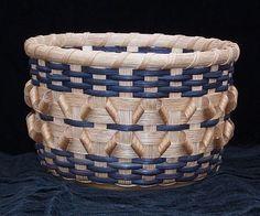 kisses & hugs basket
