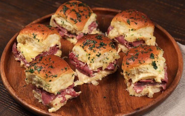 REUBEN SLIDERS - Lay bread rolls in casserole dish. In under 30 mins, prepare to eat utter deliciousness